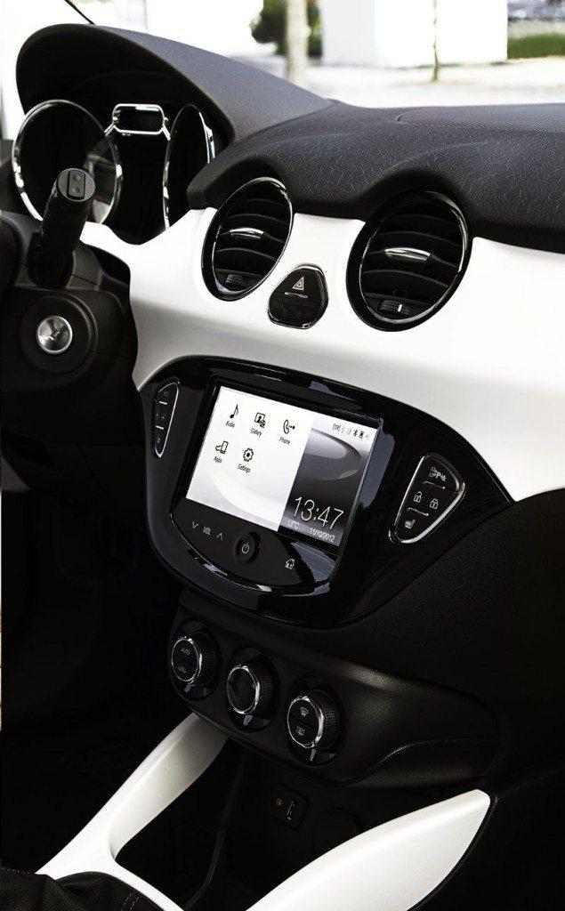 Opel-ADAM-ROCKS-09